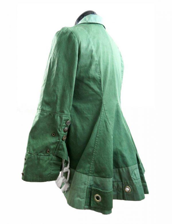 elizabeth-olsen-jacket