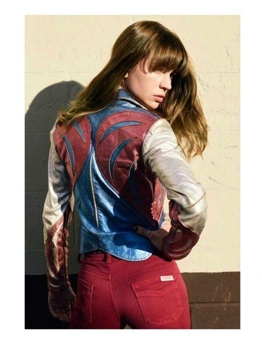 britt-robertson-jacket