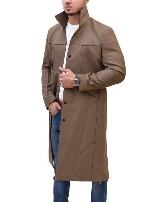 rip-hunter-brown-coat