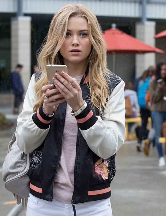 karolina dean jacket