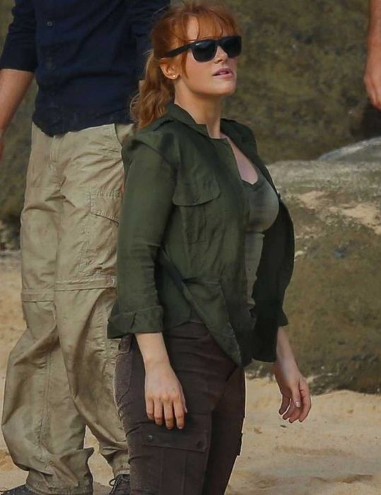 claire dearing green jacket