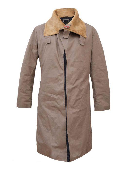 solo-a-star-wars-story-woody-harrelson-beige-coat