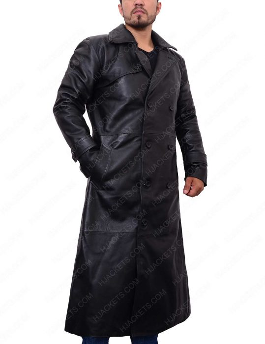 douglas quaid trench coat