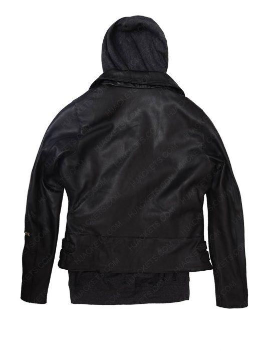 alicia vikander lara croft jacket