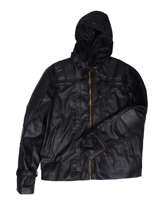 black pullover jacket