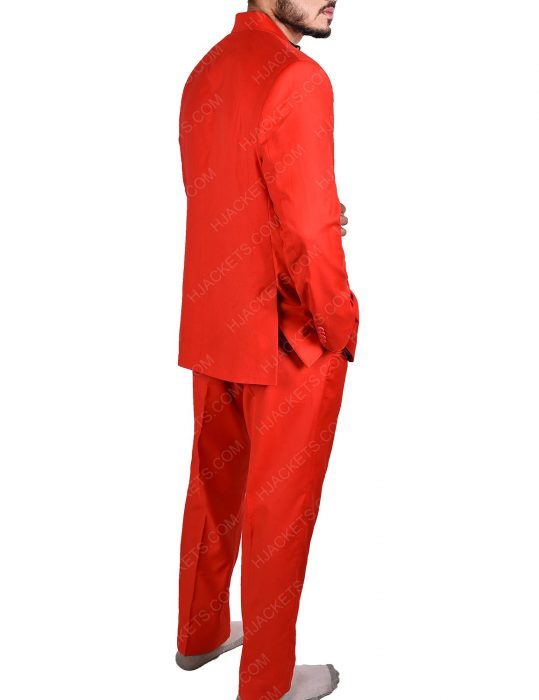 Joaquin Phoenix Joker Red Suit