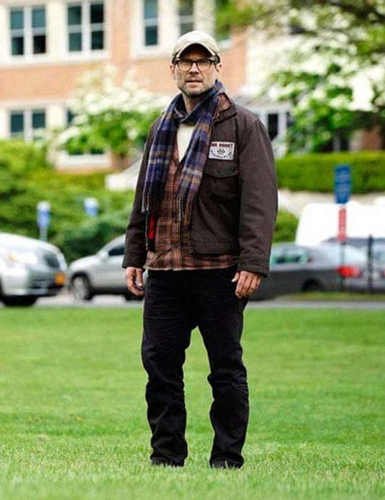 christian-slater-mr-robot-brown-jacket