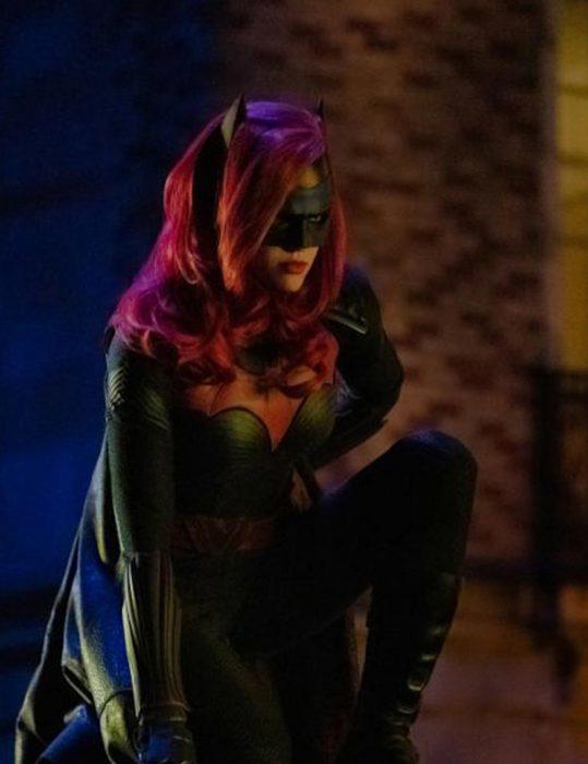 the-flash-elseworlds-batwoman-jacket