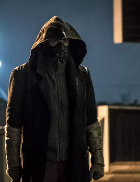the flash season 5 chris klein coat