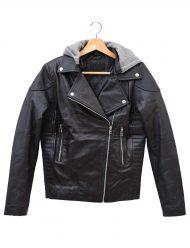 britt-robertson-tulsa-black-jacket