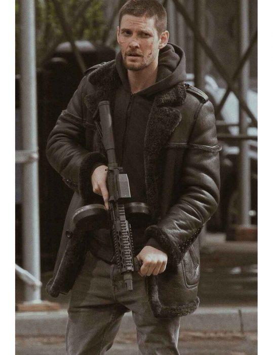 Ben Barnes coat