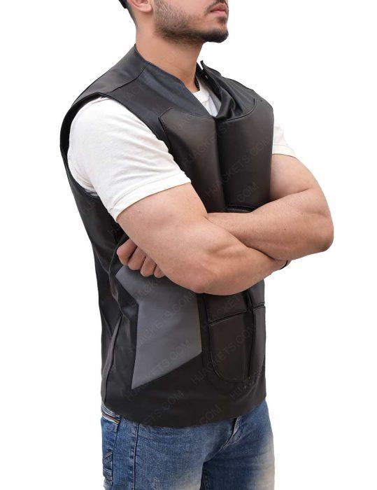 seth-rollins-grey-vest
