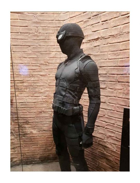 Tom Holland Spider Man Far From Home Peter Parker Black Costume
