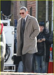 Daniel Craig knives out coat