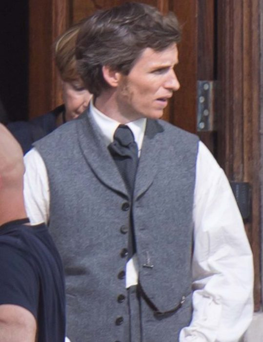 the aeronauts eddie redmayne cotton vest