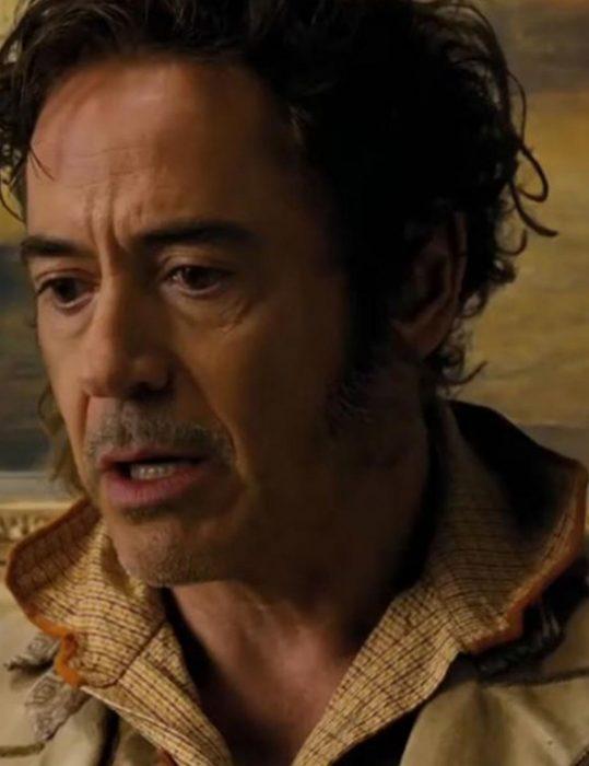 Robert-Downey-Jr.-Trench-Coat