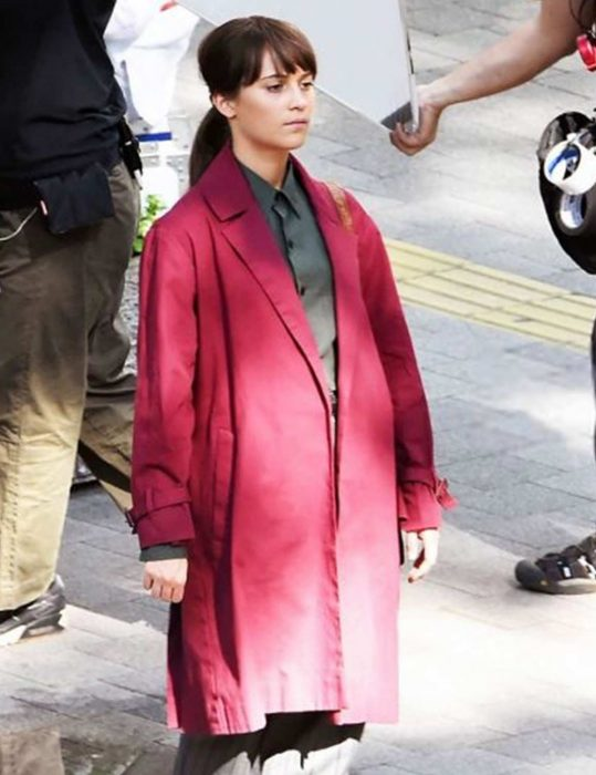 earthquake bird alicia vikander coat