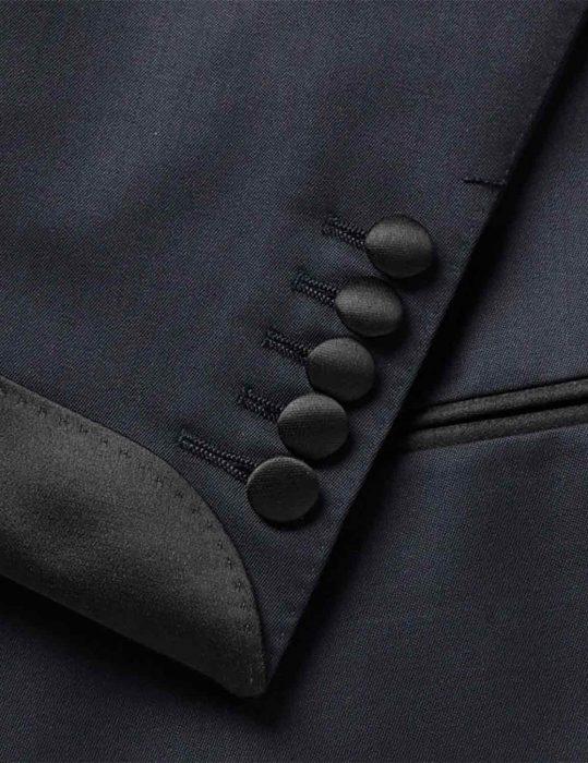 no-time-to-die-daniel-craig-tuxedo-suit