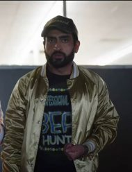 the-lovebirds-kumail- nanjiani-satin-jacket