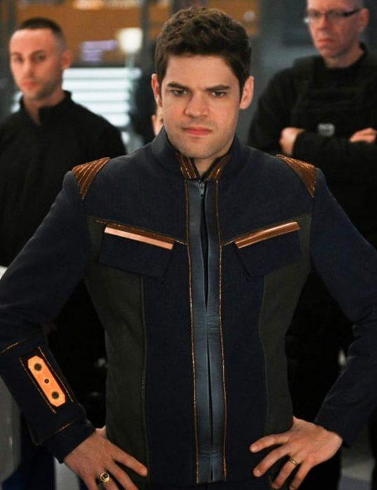 supergirl-s5-winn-schott-jacket