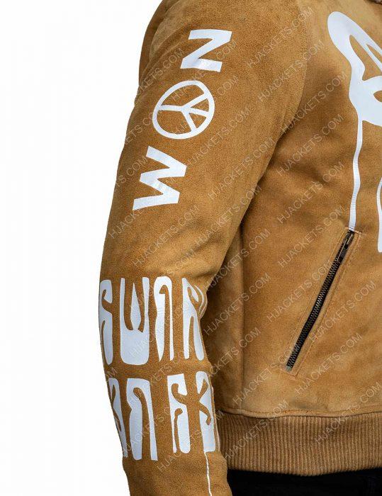 Gigi Hadid Fur Collar Jacket