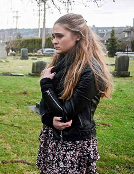 a-million-little-things-sophie-dixon-black-jacket
