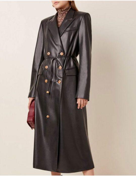 Dynasty-S03-Ep16-Fallon-Carrington-Coat