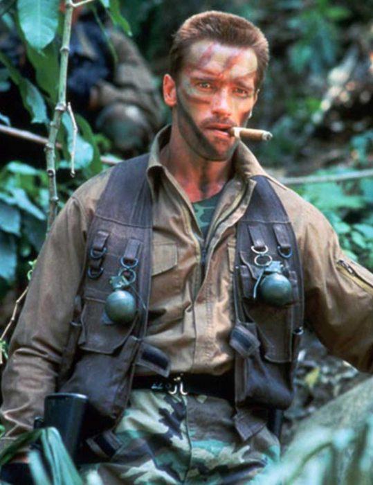 arnold-schwarzenegger-predator-1987-dutch-tactical-vest