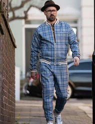 colin-farrell-the-gentleman-coach-blue-tracksuit