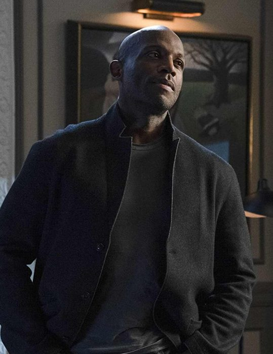 how to get away with murder nate lahey black coat