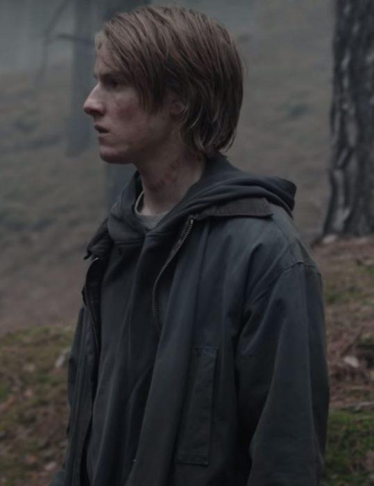 dark-s03-jonas-kahnwald-black-jacket