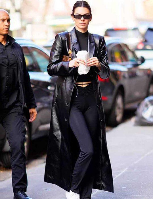 kendall-jenner-black-leather-coat