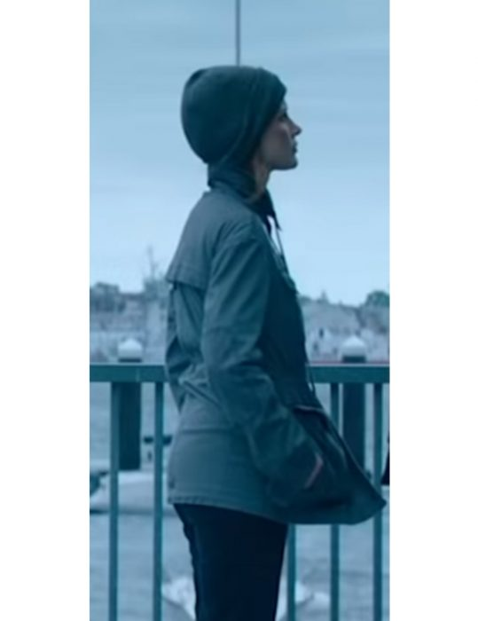 ava-jessica-chastain-grey-cotton-jacket