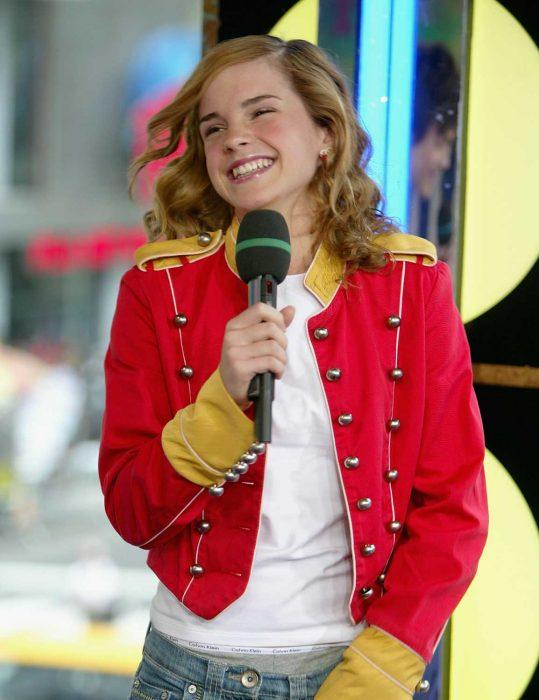 emma watson red jacket