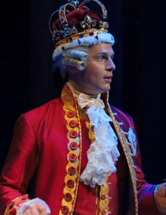 king george hamilton jonathan groff costume