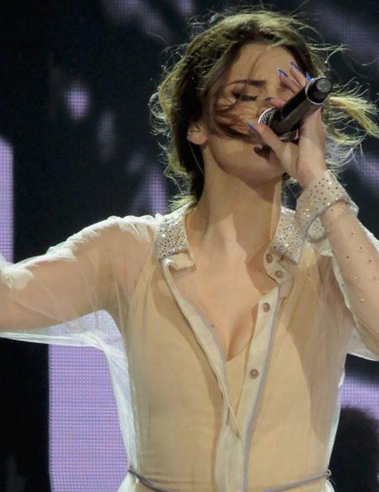 selena gomez song feel me white sheer dress