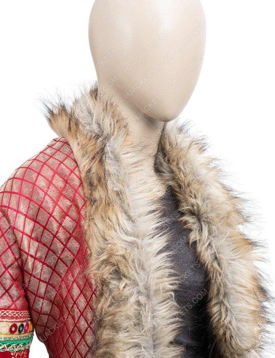 noelle anna kendrick Shearling christmas coat