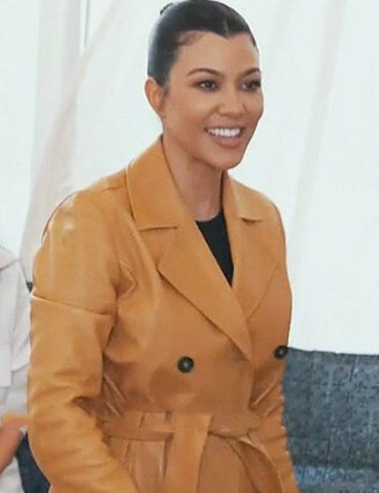 Keeping Up with the Kourtney Kardashian coat
