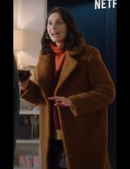 Family Business Season 2 Julia Piaton Coat