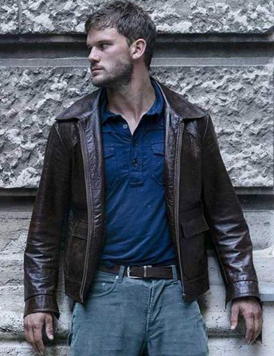 Jeremy-Irvine-Leather-Jacket.JPG1