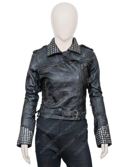 Macarena Ferreiro Vis a Vis El Oasis Maggie Civantos Leather Jacket