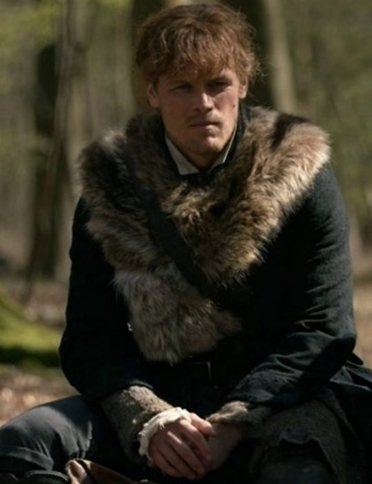 Outlander S04 Sam Heughan Fur Coat (2)
