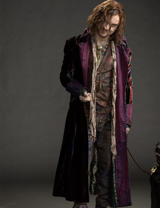 a-babysitters-guide-to-monster-hunting-tom-felton-cotton-coat