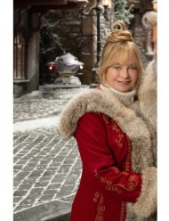 the-christmas-chronicles-2-goldie-hawn-red-lining-coat
