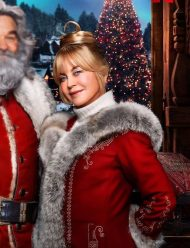 the christmas chronicles 2 goldie hawn santa coat