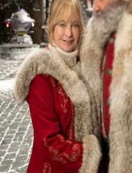 the-christmas-chronicles-2-red-woolen-coat