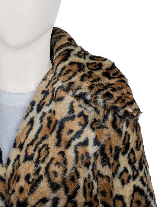 yellowstone beth dutton kelly reilly leopard print coat