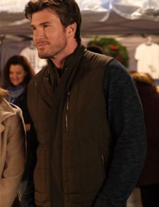 Forever-Christmas-Will-Saunders-Vest