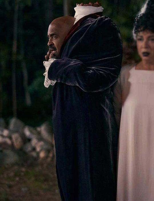 Hubie-Halloween-Mr.-Lester-Hennessey-Coat