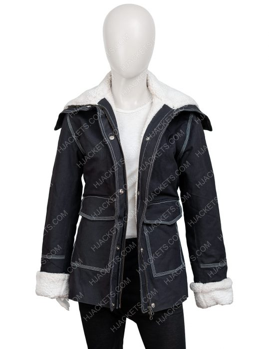 Sloane Holidate 2020 Emma Roberts Jacket With Shearling Trim